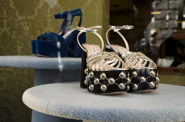 Dámska obuv, módne topánky